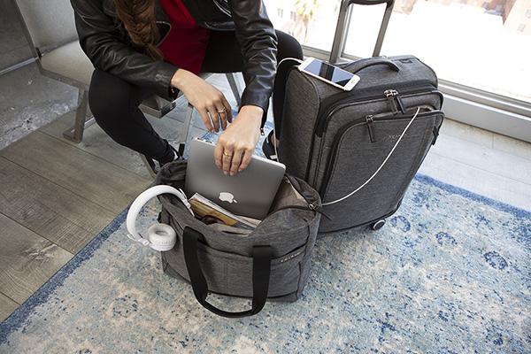 Vali kéo nặng bao nhiêu kg? hình 10