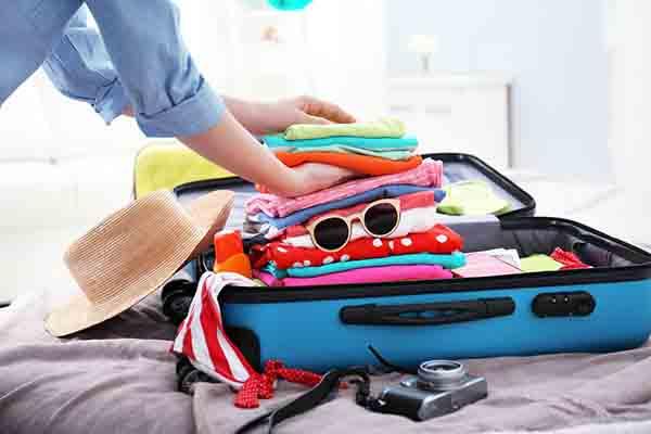 Cách xếp hành lý vào vali 1