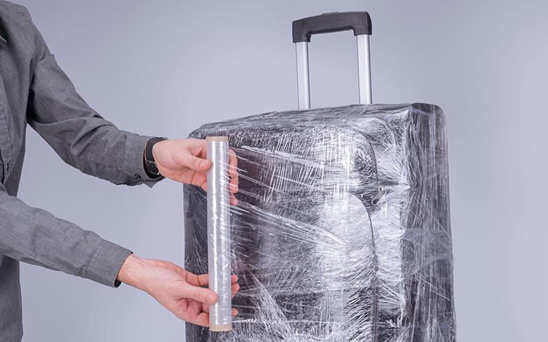 Cách bảo quản vali khi đi máy bay 1