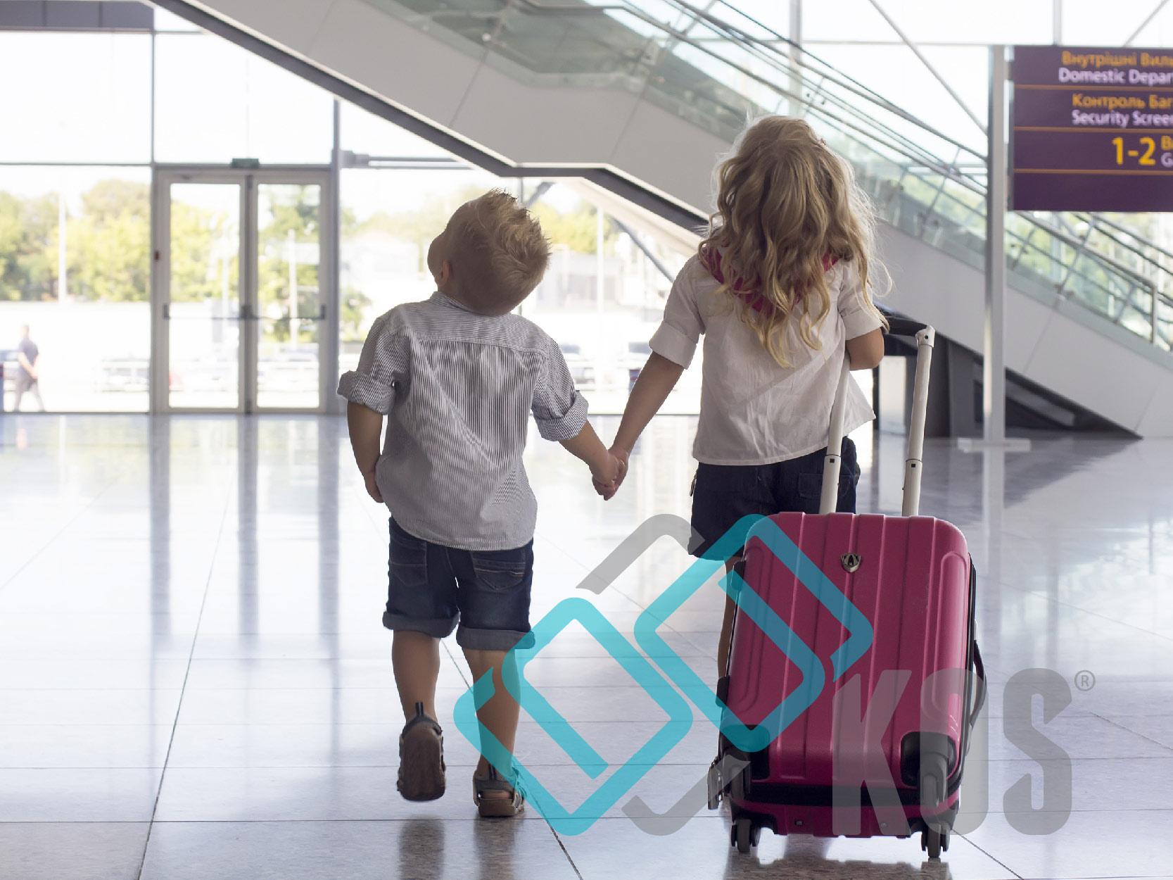 mua vali kéo cho bé