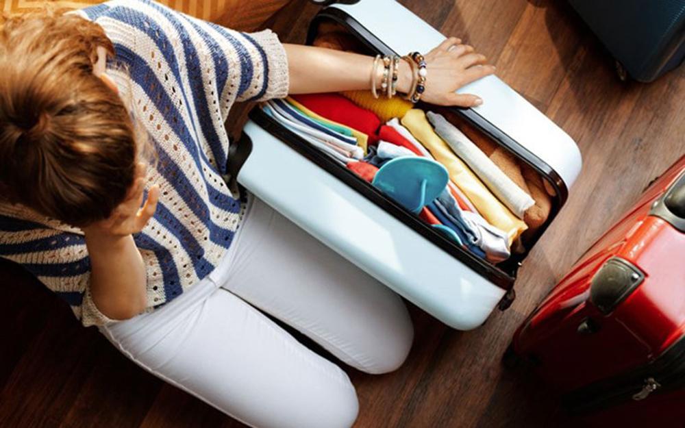 Cách xếp hành lý vào vali