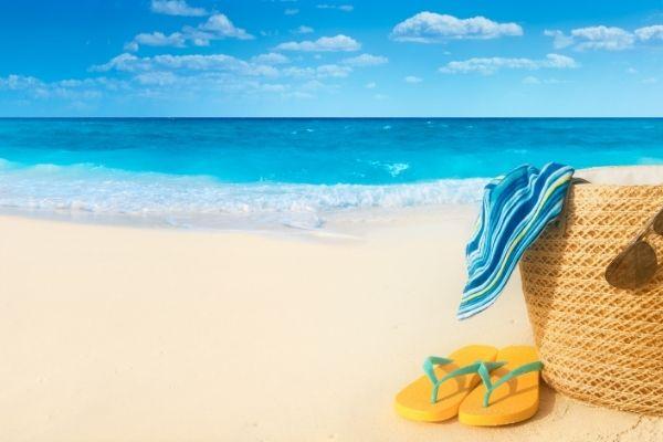 Những vật dụng cần thiết khi đi du lịch mà bạn KHÔNG THỂ THIẾU